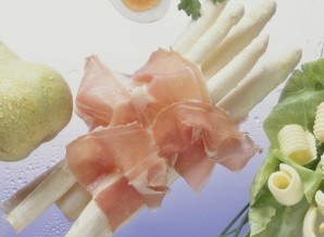Pfingsten, White Asparagus, and Memories of Spring in Germany